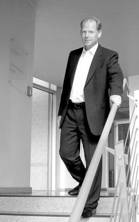 Dr. Werner Cobet, Porträt